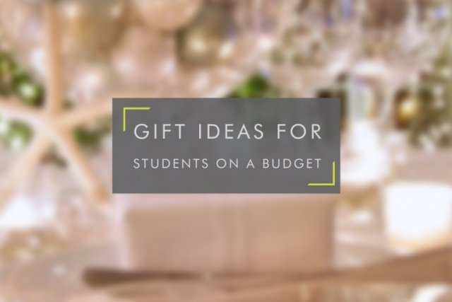 5 Christmas Gift Ideas For Students On a Budget