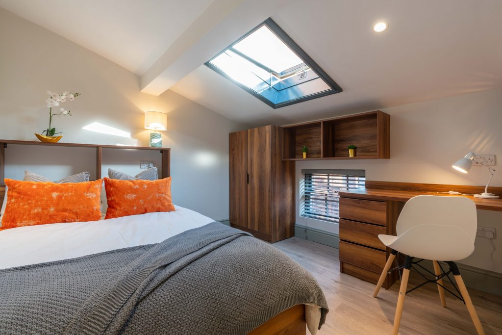 Spare room stoke on trent