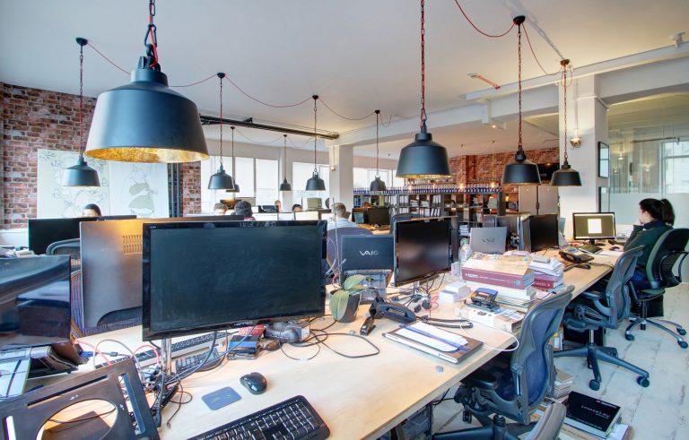 Student Cribs London office